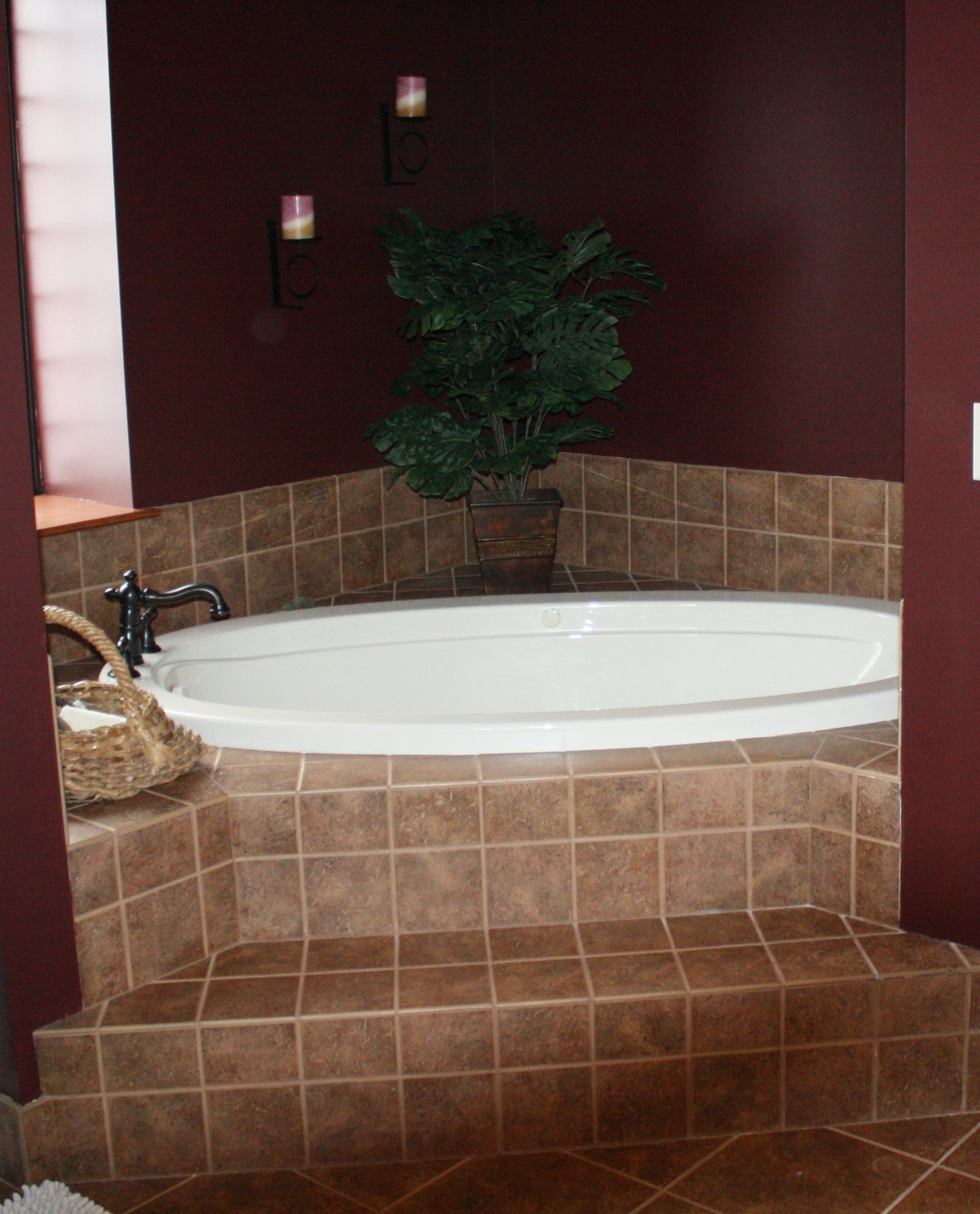 m georgian crop luxury whirlpool tub jetted